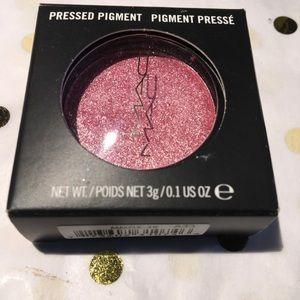 Mac Pressed Pigment Eyeshadow 'Rock Candy.'
